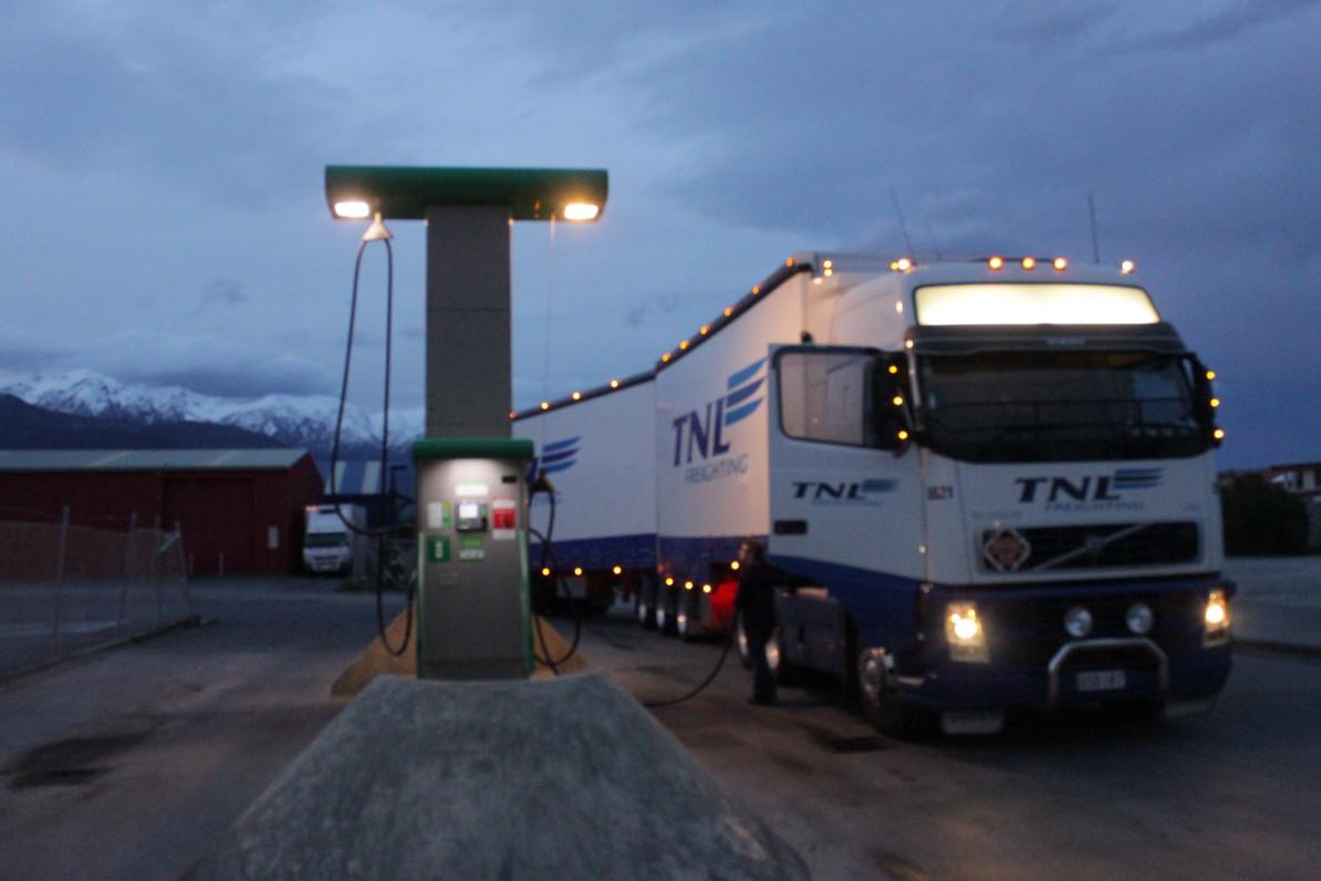 Karen's Truck an der Tankstelle in Kaikoura, Neuseeland